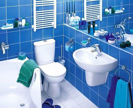 голубая ванная маленькая