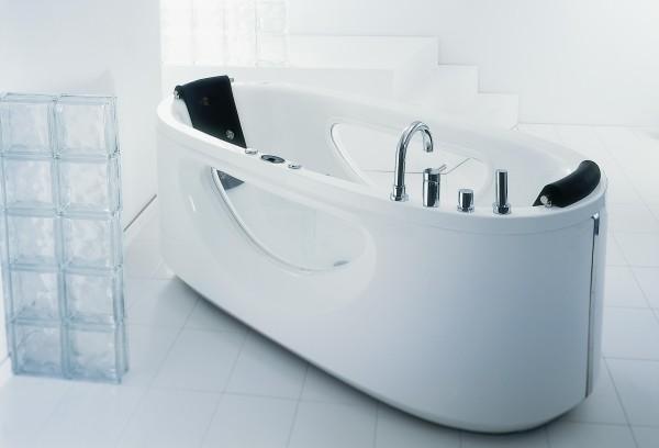 акриловая ванна уход