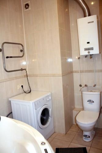 газоколонка в ванной комнате тепло