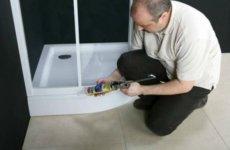 Как работать с герметиком при герметизации душевой кабины