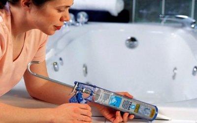 Удаляем герметик с акриловой ванны