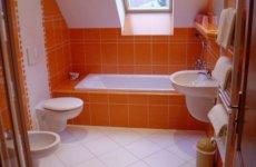 Выбор керамической плитки для отделки небольшой ванной комнаты