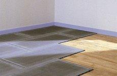 Деревянный пол в ванной: укладываем плитку правильно