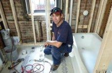 Особенности ремонта ванной комнаты своими руками