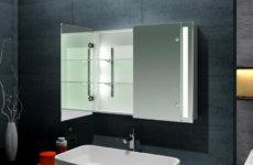 Какое зеркало с подсветкой выбрать в ванную?
