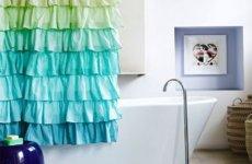 Творим чудо сами: красивые шторы в ванную
