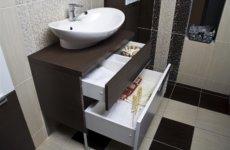 Тумбочки для ванной комнаты: оригинальные и вместительные модели