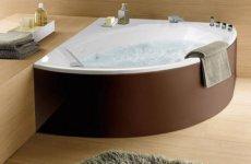 Плюсы и минусы угловой ванны из чугуна