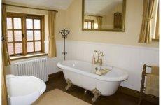 Путешествуем во времени: ванна в стиле ретро
