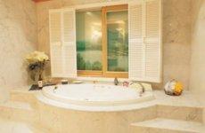 Проект частного дома: как обустроить ванную комнату