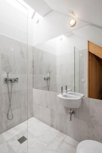 белый ванна