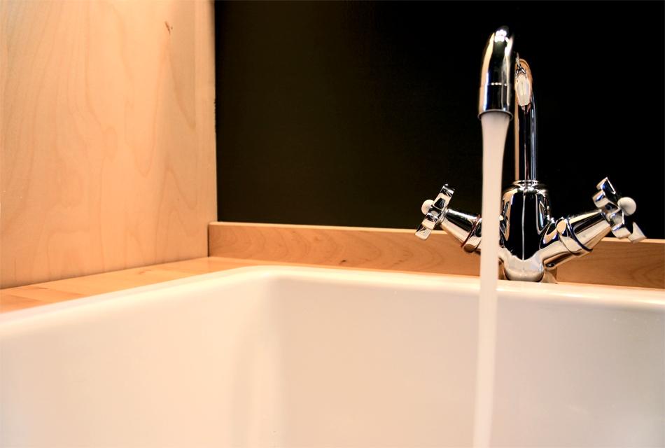 Обновляем чугунную ванну